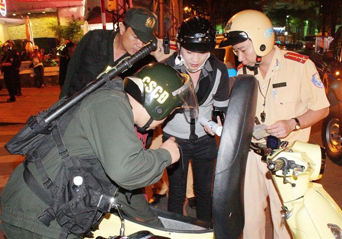 HCM City cracks down on criminal gangs, thieves