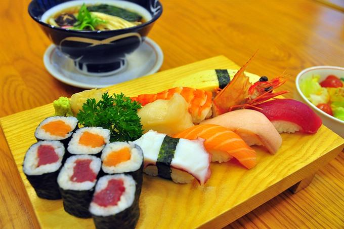 Just the place to satisfy sushi, sashimi cravings – Sunday – Restaurant Review – Vietnam News Politics, Business, Economy, Society, Life, Sports