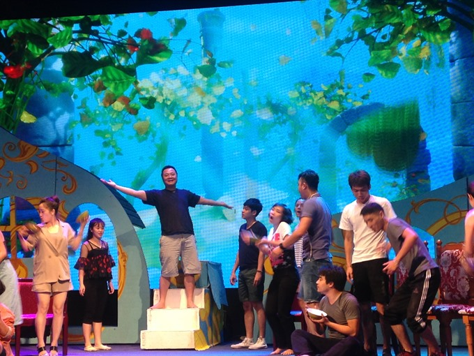 Belgian classic takes VN Youth Theatre stage
