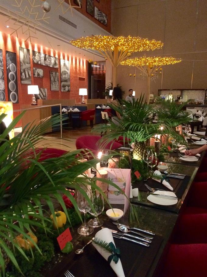 Riveria Offers Healthy Menu Under The Stars Sunday Restaurant
