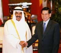 Top leaders meet Kuwaiti PM to boost economic ties