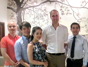Prince William gets a taste of authentic Vietnamese cuisine at downtown Ha Noi eatery