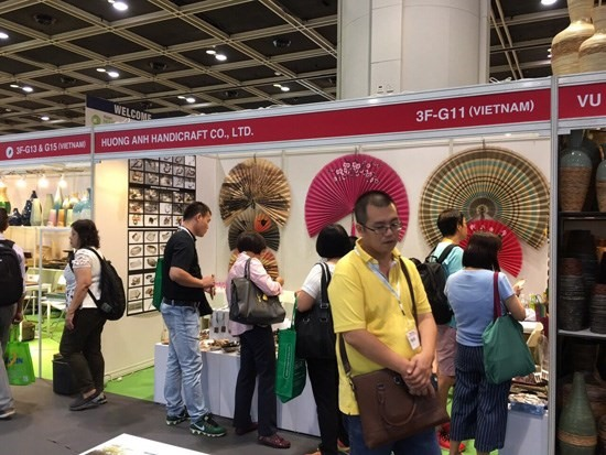 Vietnamese products attract attention at HK MEGA Show