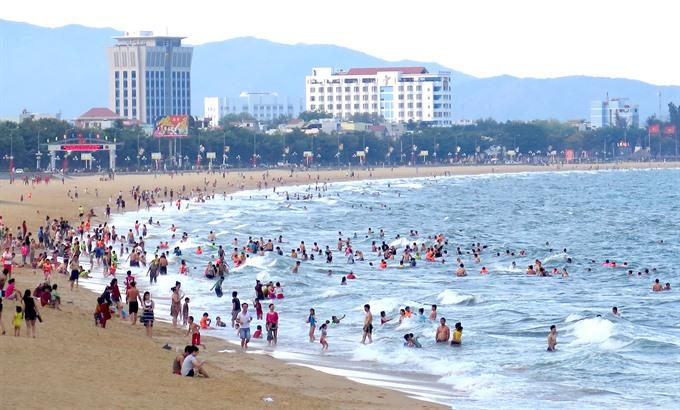 Protect sea environment to protect sea tourism