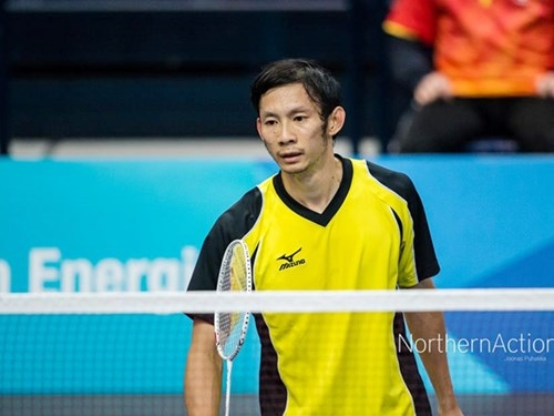 Minh ousted from Asian badminton champs