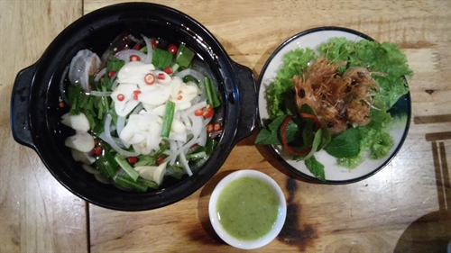 Surf and turf a hit in downtown HCM City
