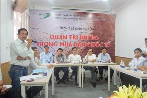 Exporters compare notes on risk - Economy - Vietnam News | Politics