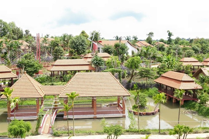 Illegal tourism construction: Two Đắk Lắk officers warned