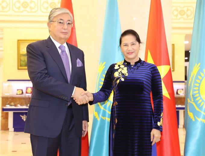 NA Chair Kazakh leaders hold talks