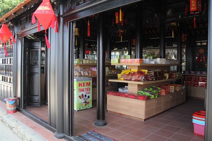 Huế plans market for street food vendors
