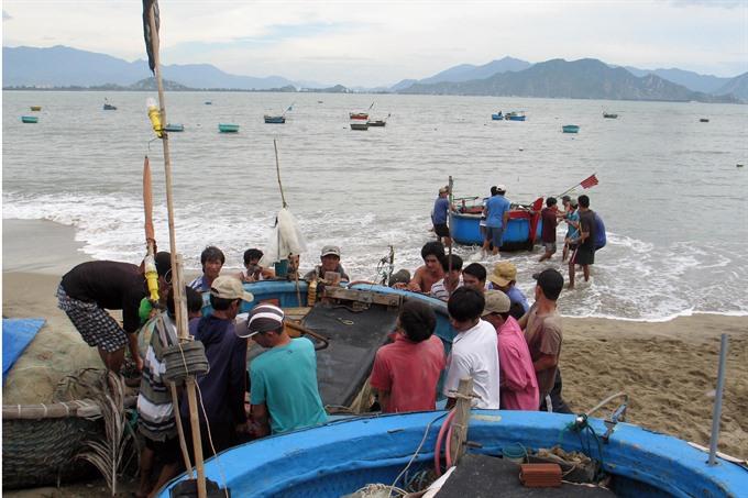 Việt Nam braces for typhoon Damrey