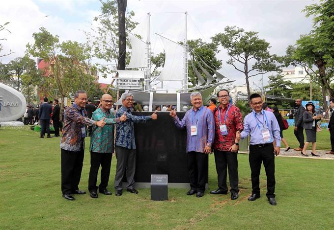Park commemorates APEC