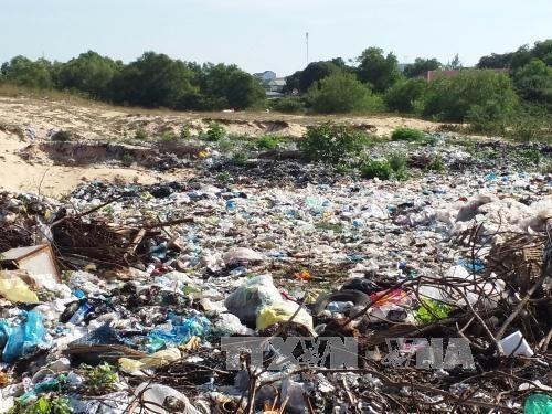 Untreated waste pollutes Vĩnh Phúc environment