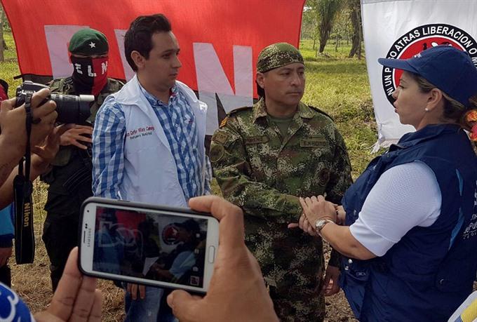 Colombia seeks complete peace at ELN talks