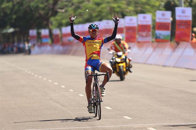 Cường wins race around Pleiku City