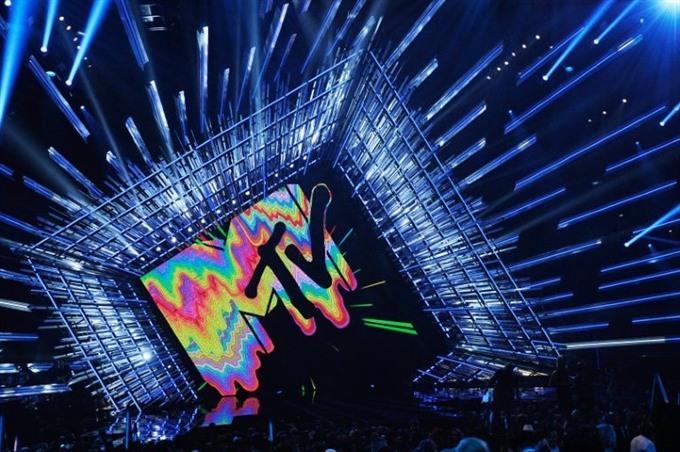 MTV Video Music Awards back to LA