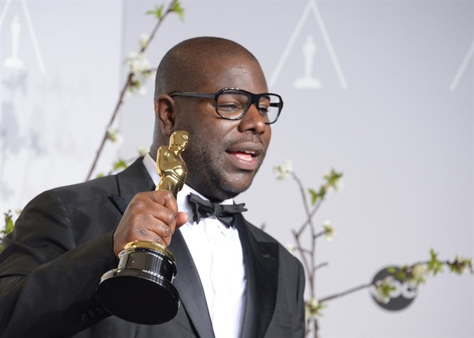 McQueen to make authorised Tupac documentary