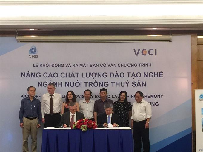 VN boosts aquaculture training