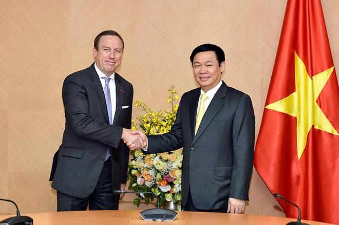 Deputy PM lauds EuroChams support to VN
