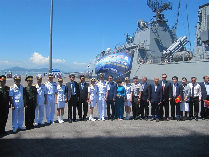 Korean navy ships visit Đà Nẵng