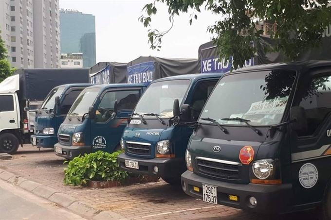 Hà Nội fines fake mail trucks