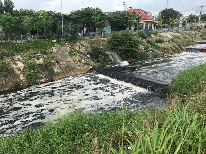 Industrial wastewater to blame for Ba Bò Canal pollution