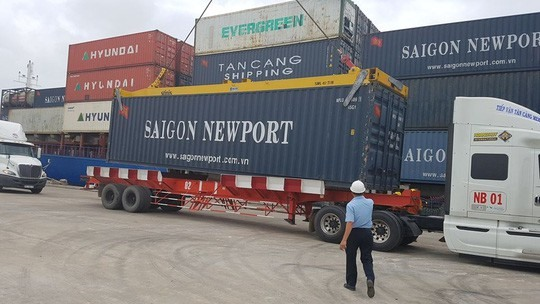 Foreign logistics firms now allowed in VN