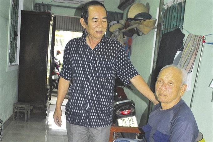 A veteran freely accommodates elderly lottery ticket vendors