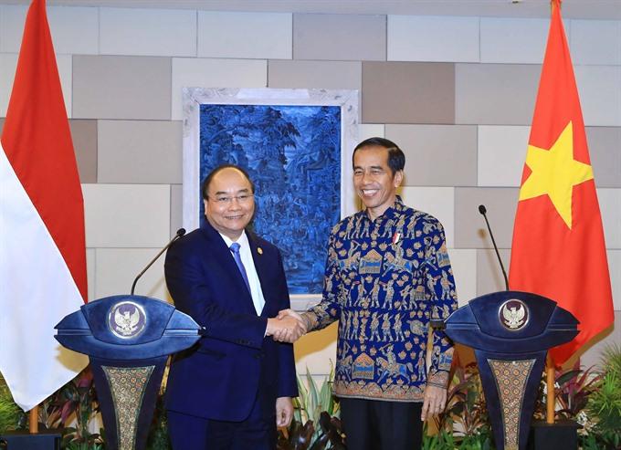VN Indonesia aim for breakthroughs in economic ties