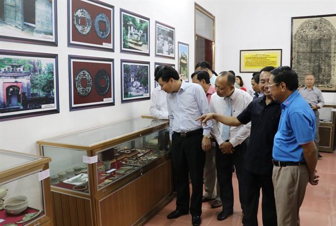 Vietnamese antiques on display in Ninh Bình