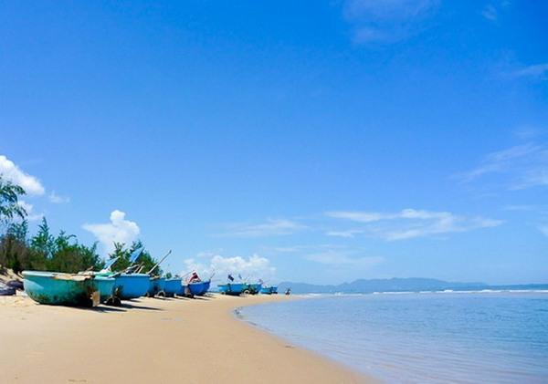 Tourism revenue rises