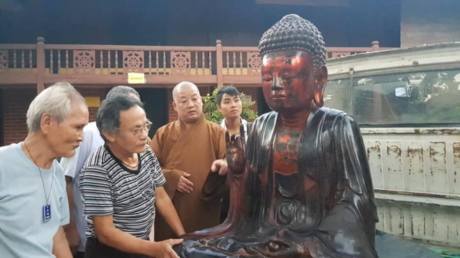 Police find stolen ancient Buddha statue in Hưng Yên