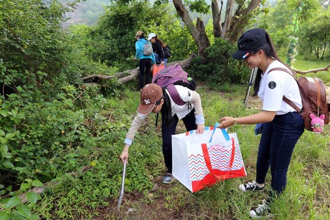 Việt Nams tourism resources under threat