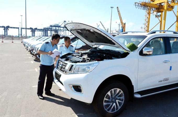 Auto imports plummet over Governments Decree 116