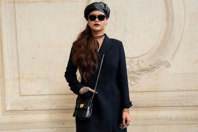 Rihanna hits Snapchat over beating ad sending shares tumbling