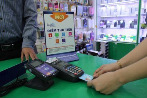Govt seeks more non-cash payments for public services