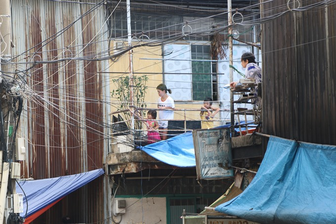 Thủ Thiêm residents stuck in temporary shelters