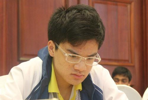 Khôi beats Egyptian grandmaster in UAE