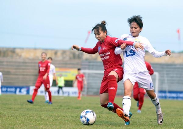 Hà Nội lose to Phong Phú Hà Nam at national football champs