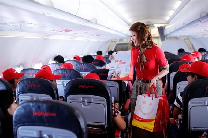 Vietjet debuts the first flight connecting Nha Trang to Đà Nẵng