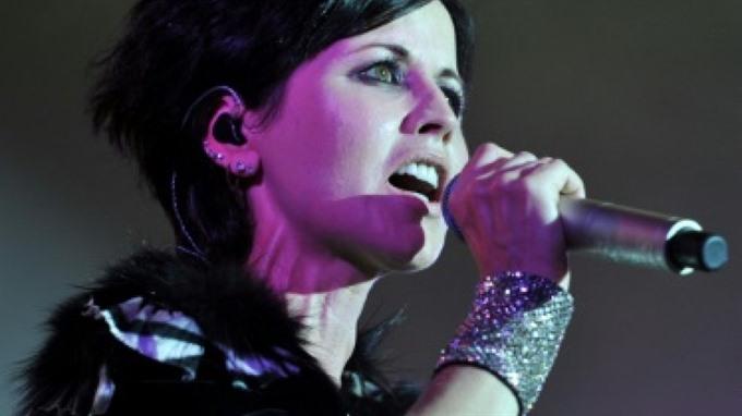 Cranberries debut single of last album to mark singers death