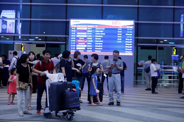 Tourism helps more airlines take off in Vietnam