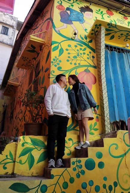 Street art tells stories of Đà Lạt