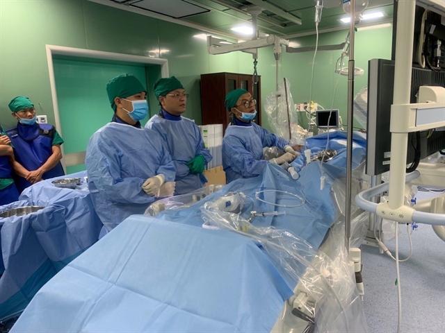 Centre transfers medical techniques to SócTrănghospital