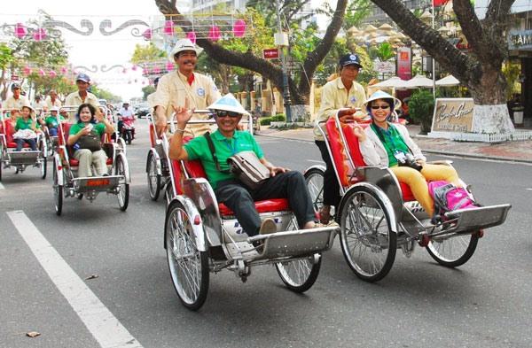 Đà Nẵng welcomes nearly 329000 visitors during Tết