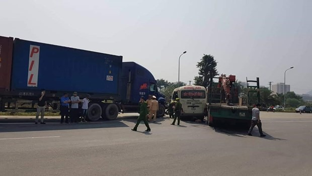 Two killed one injured in collision on Thăng Long Boulevard