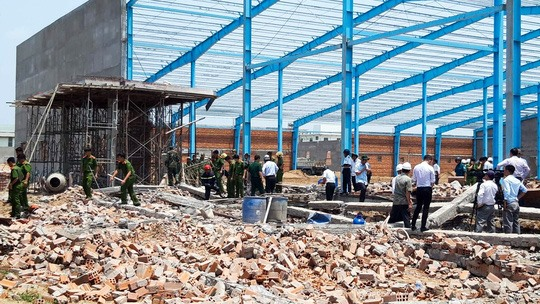 Vĩnh Long wall collapse killed at least five