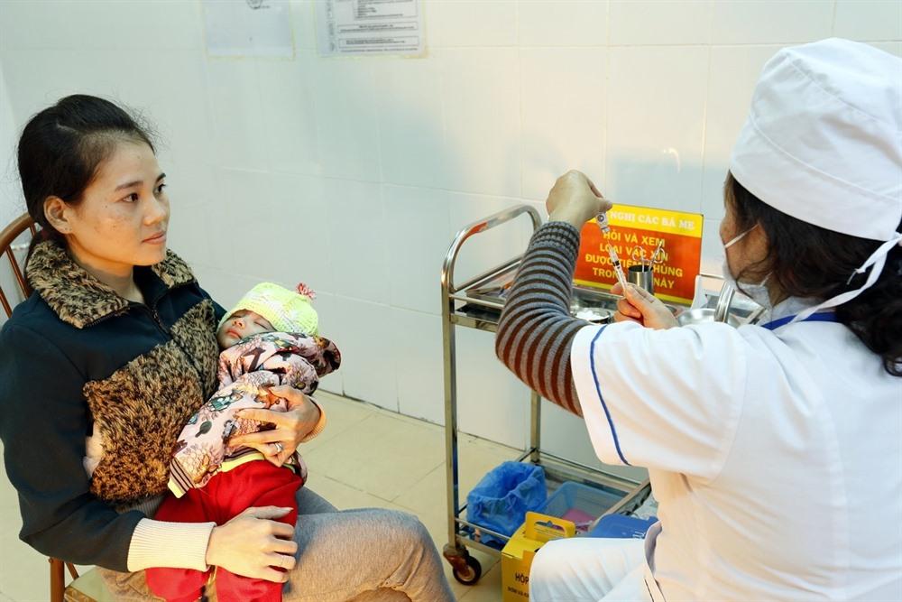 Vaccine reactions raise concerns