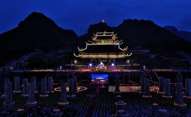 2019 Vesak Spectacle: Buddhas birthday celebration