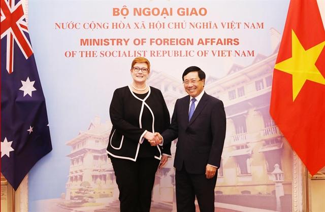 Vietnamese Australian FMs hold talks
